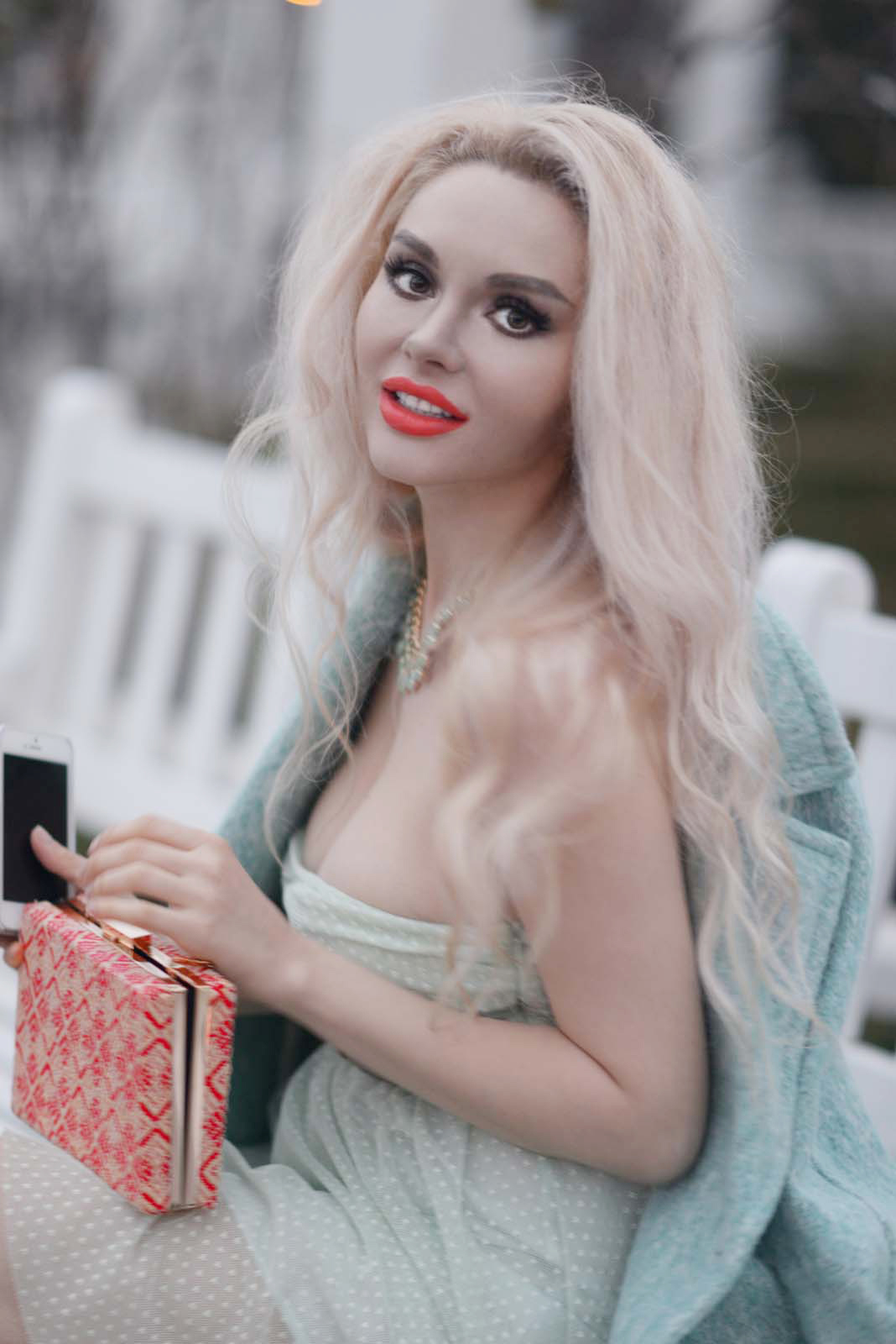 16_mint_dress_coat_zara_orange_lips