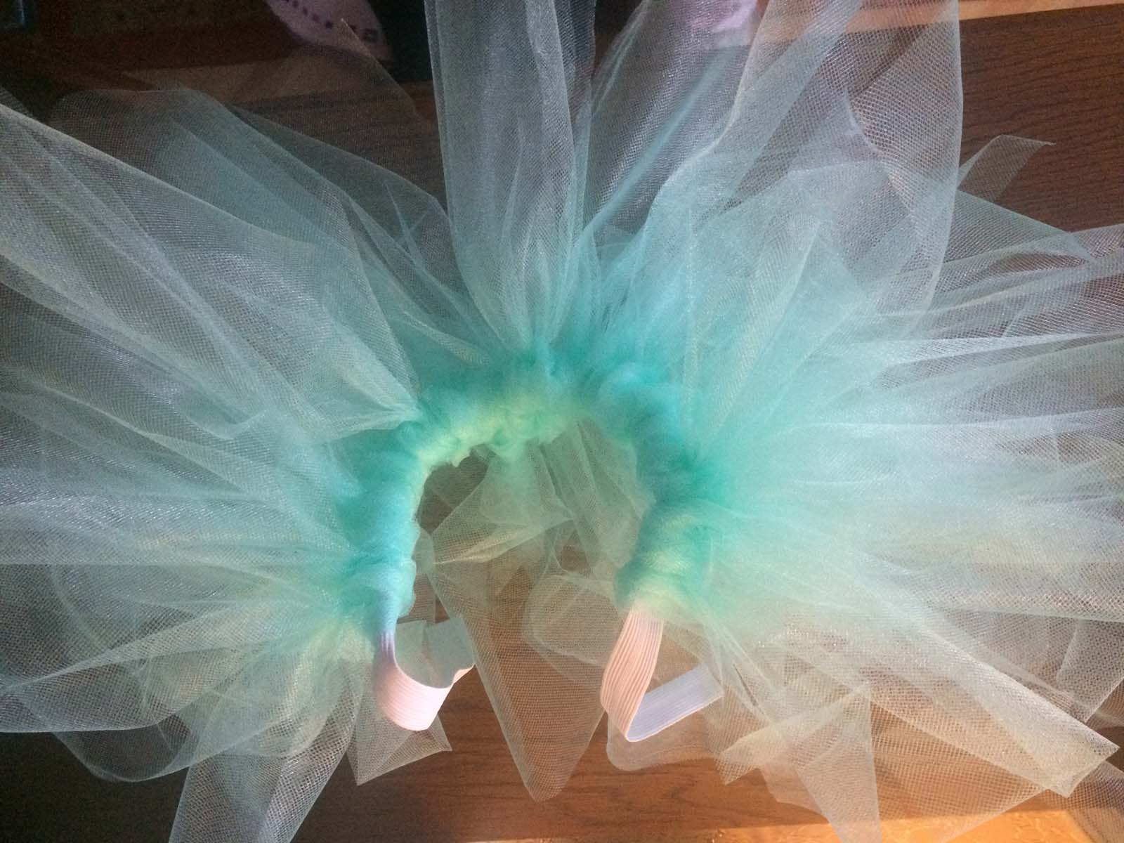 08_baby_girl_first_anniversary_tutu_pompon