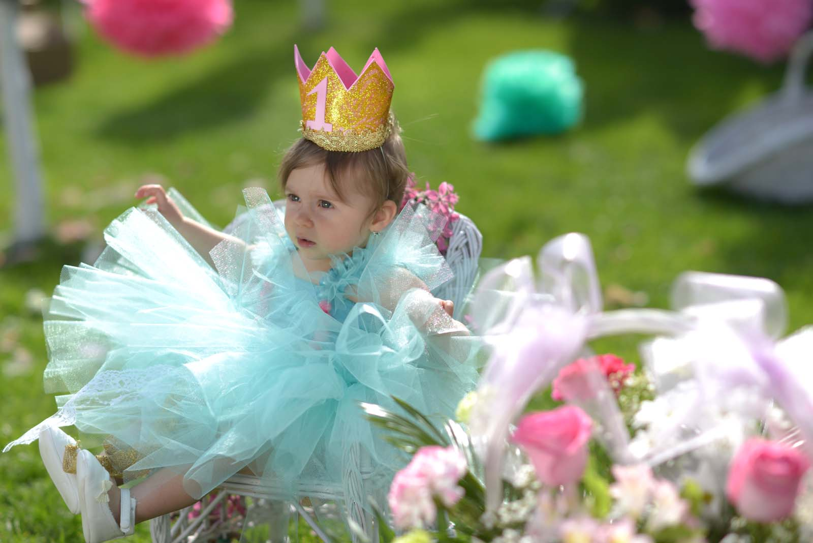 16_baby_girl_first_anniversary_tutu_pompon