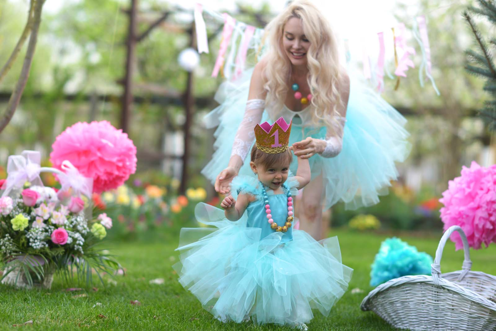 50_baby_girl_first_anniversary_tutu_pompon