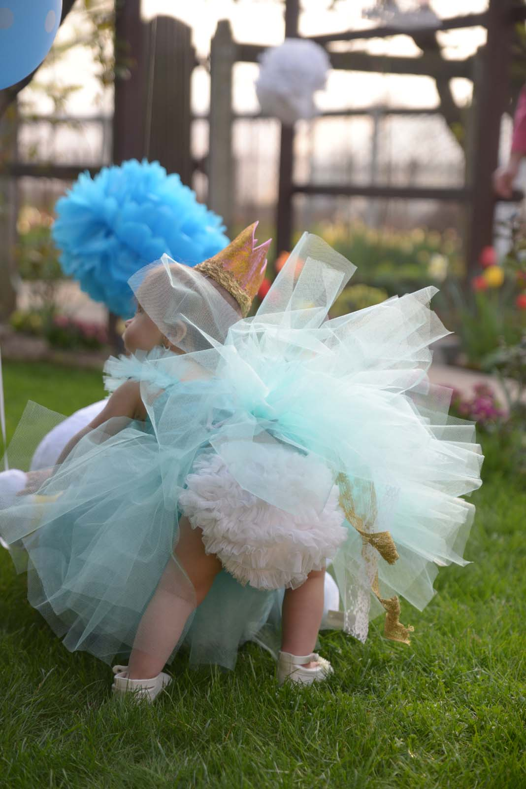 67_baby_girl_first_anniversary_tutu_pompon