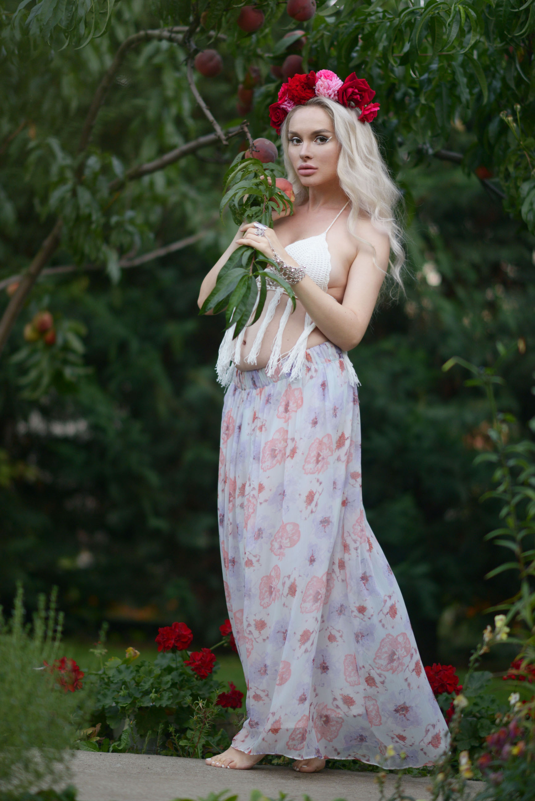 03_flower_crown_crochet_bralette