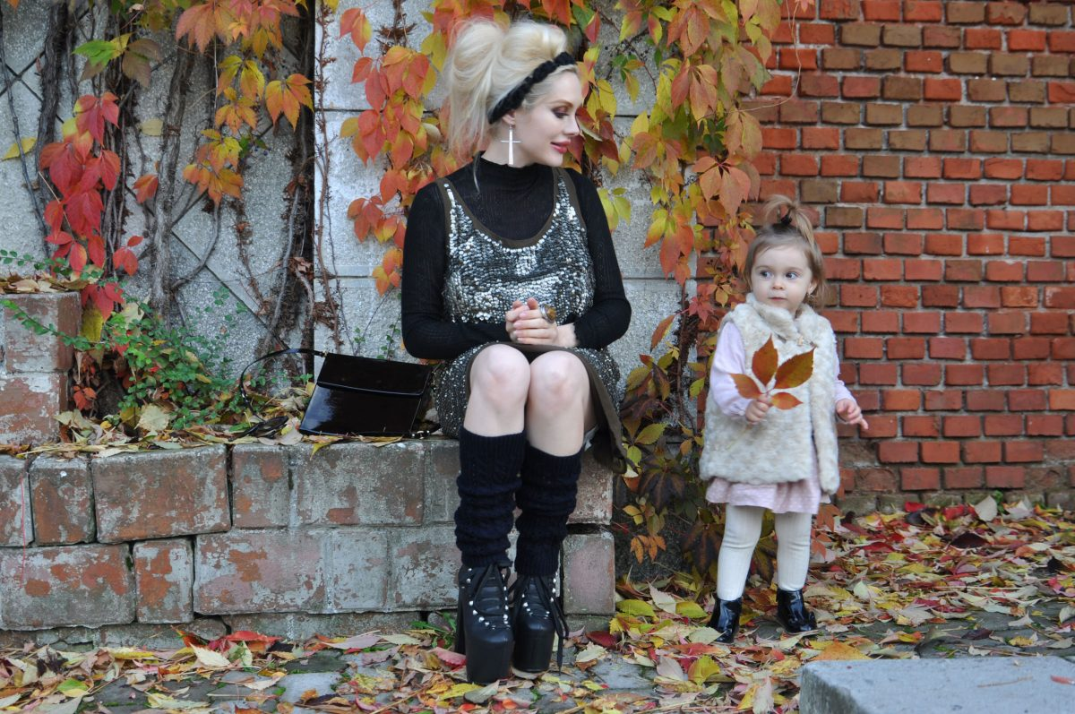 01_black_sequins_dress_fall