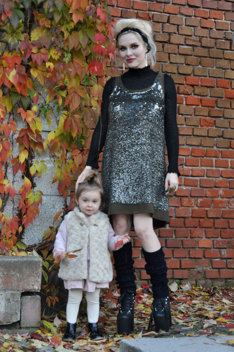 02_black_sequins_dress_fall